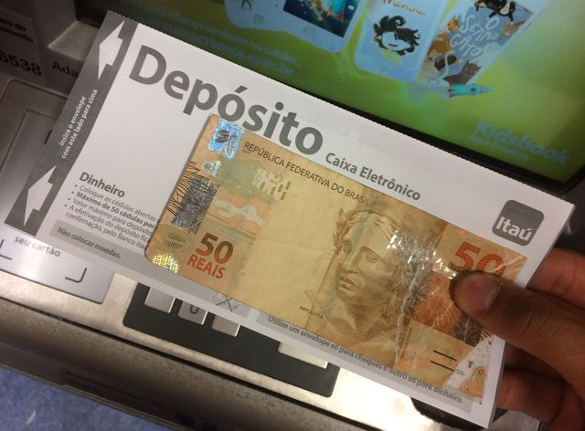 É seguro pagar depósito adiantado para pegar empréstimo?