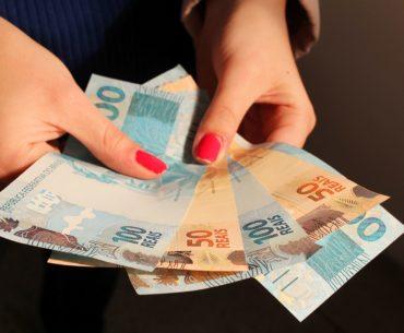 Você sabe o custo anual de abrir uma Conta Corrente? Nós explicamos!